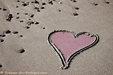 amour-coeur-sur-sable