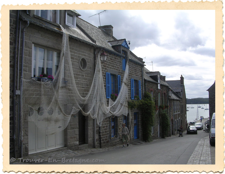 Maison de p cheur saint suliac photo de bretagne trouver en n67 - Maison de pecheur bretagne ...