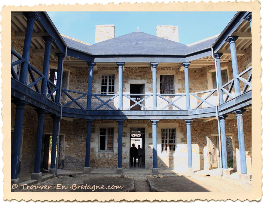 prison de guingamp photo de bretagne trouver en n616. Black Bedroom Furniture Sets. Home Design Ideas