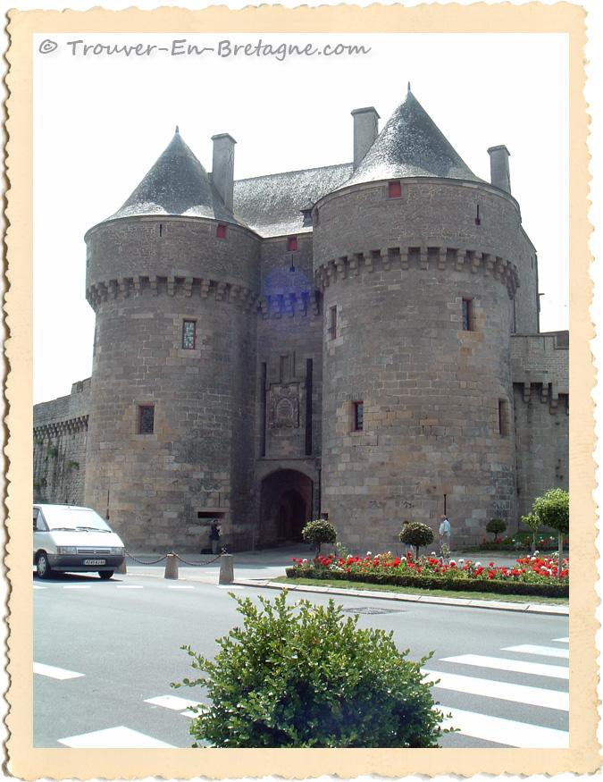 Porte saint michel gu rande photo de bretagne for Porte unie st michel