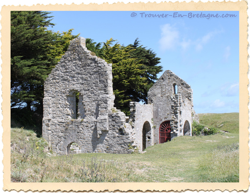 chapelle saint anne sur l 39 le de batz photo de bretagne trouver en n711. Black Bedroom Furniture Sets. Home Design Ideas